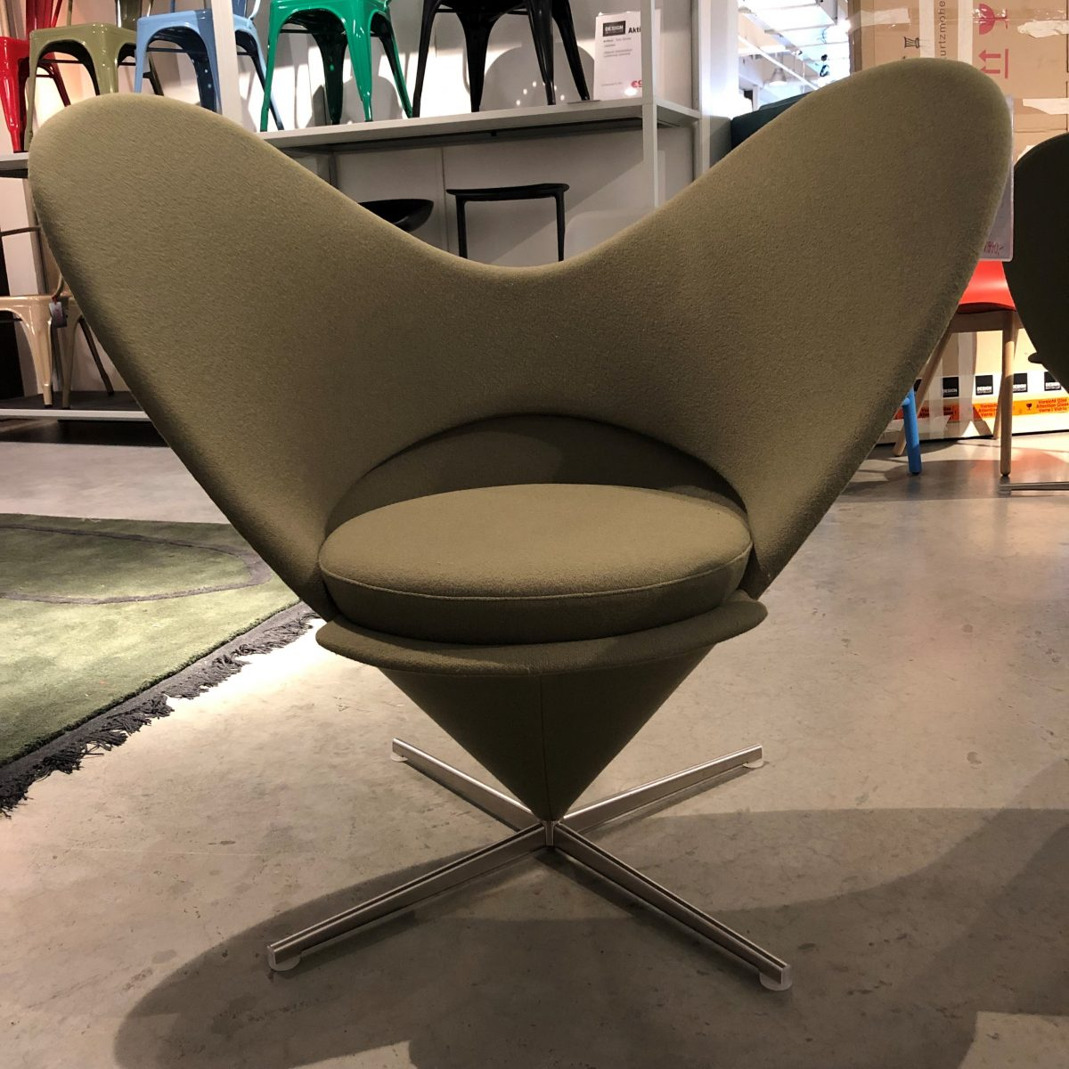 mathes-outlet-produkte-lovesessel-vitra