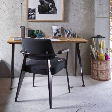Vitra Schreibtisch und Stuhl